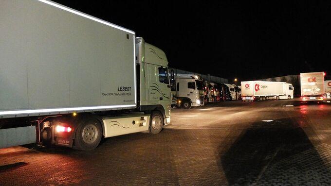 Lkw, Cargoline, Hub