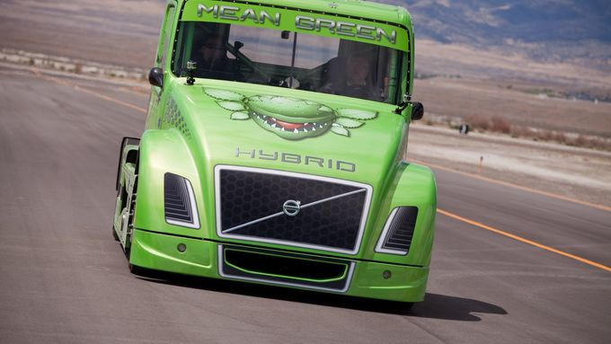 Mean Green, Volvo Trucks