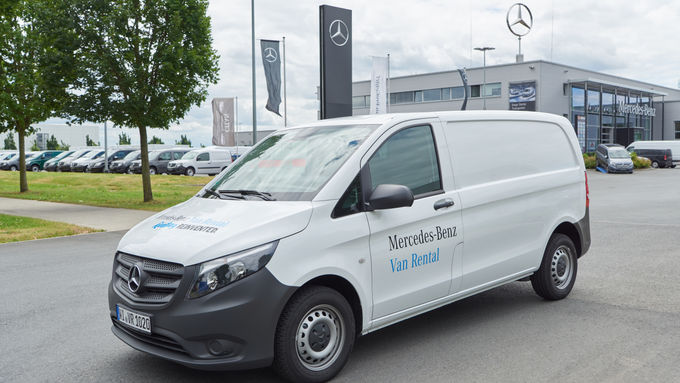 Mercedes benz van rental neuer mietservice f r for Mercedes benz minibus rental