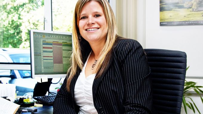 Monique Müller, ,Rechtsanwältin