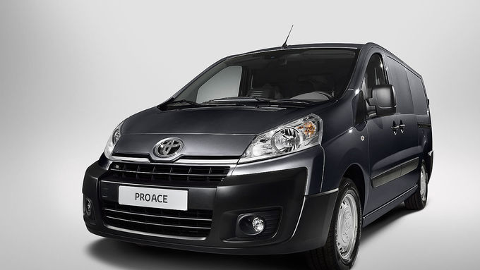 Toyota Proace, 2013