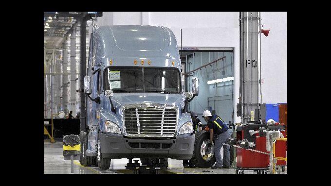 US-Regierung fördert Daimler North America