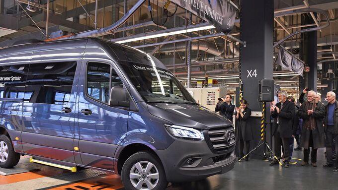 Das Mercedes-Benz Werk Düsseldorf feiert den Start der Serienproduktion des neuen Sprinter.