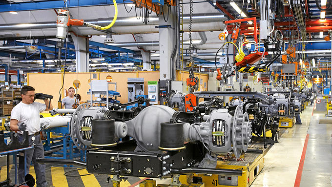 Fahrzeugbau, Produktion, MAN, Daimler