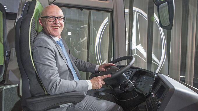 Mathias Lenz, Chefdesigner MB Buses