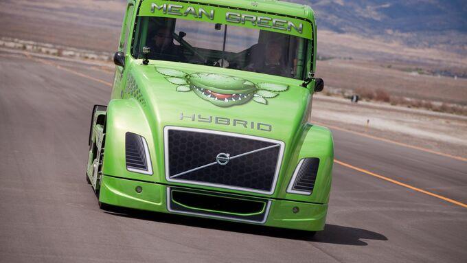 Mean Green, Volvo Trucks
