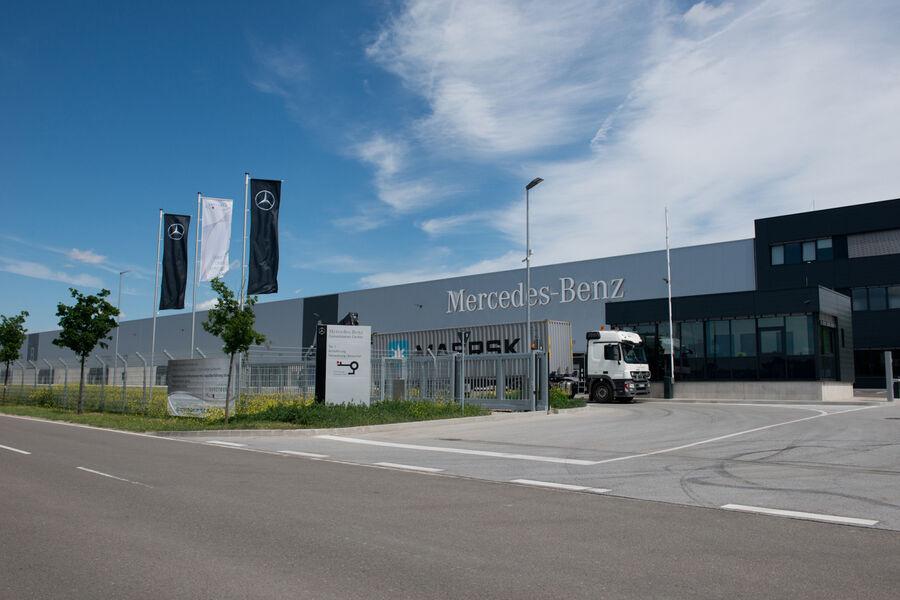 mercedes benz cars mit logistik die kosten senken eurotransport. Black Bedroom Furniture Sets. Home Design Ideas