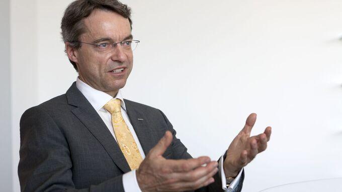 Portraits und Interview von Herr Bernhard Simon, DACHSER Simon, Dachser