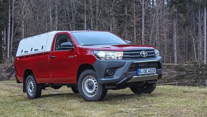 Toyota Hilux 2.4 D-4D Single Cab 2017 Hardtop Dauertest Dauerteser Norwegen Nordkap Details