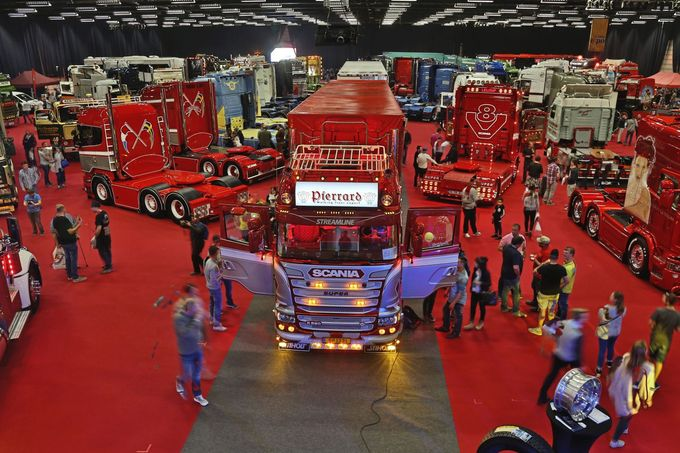 Truckshow Ciney Belgien Supertruck Showtruck