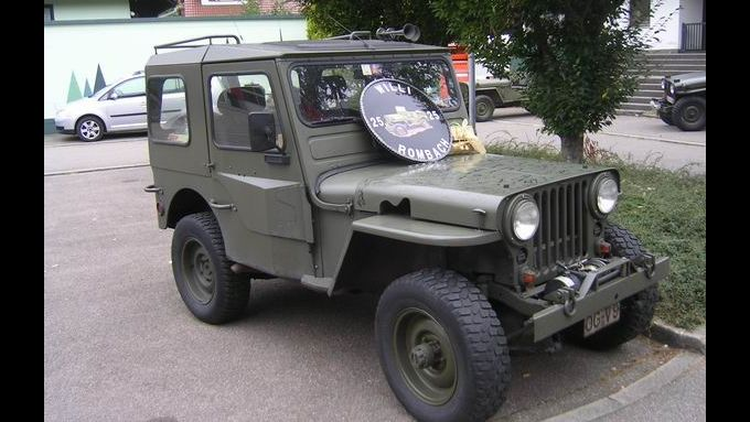 oldtimer willi rombach feiert jubil um willys jeep. Black Bedroom Furniture Sets. Home Design Ideas